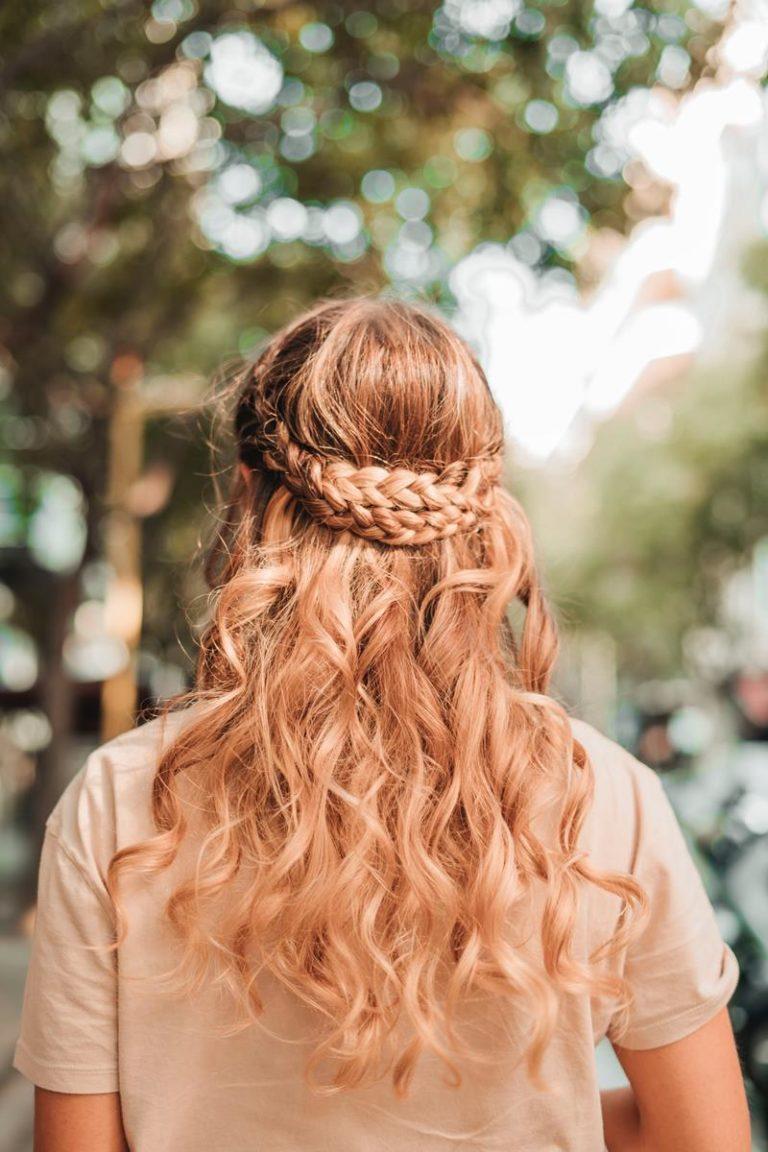 Odpowiednio działające kosmetyki do zabiegów przy włosach