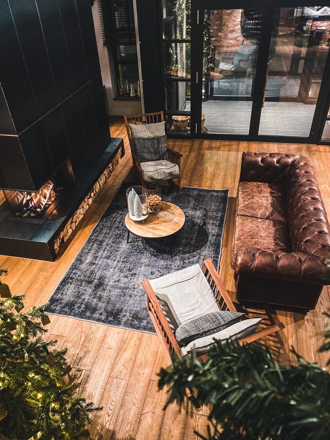 Jak można sprawić, by nowoczesny salon był przytulny?